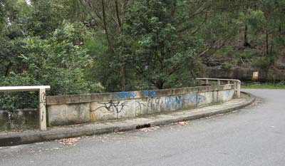bridge-graffiti-2.jpg
